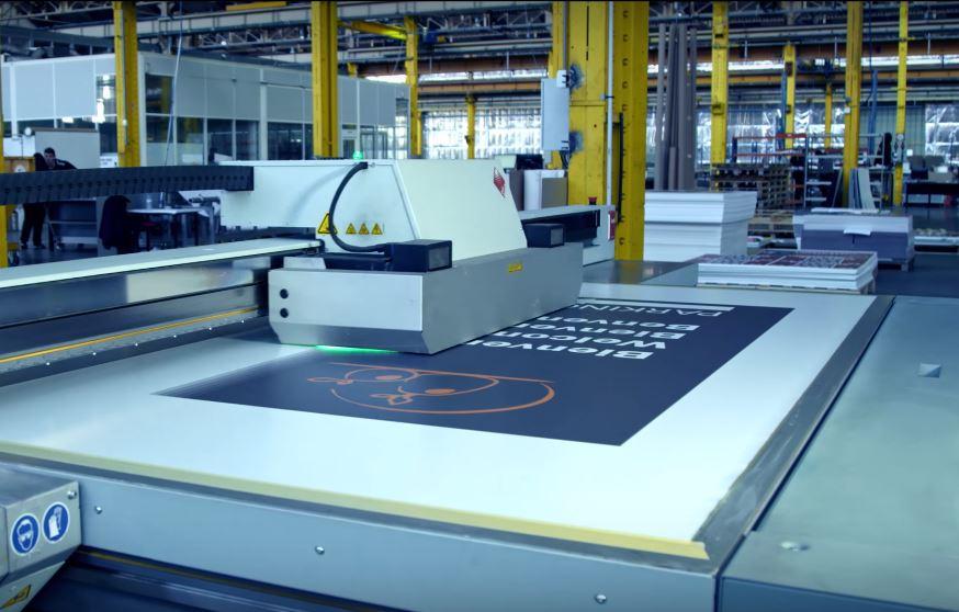 Les encres d'une imprimerie transformées en or