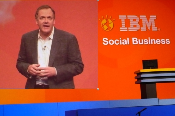 Mike Rhodin, responsable du groupe Software Solutions chez IBM